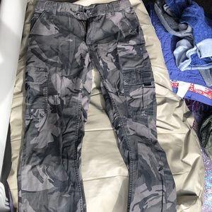 Husky camo pants